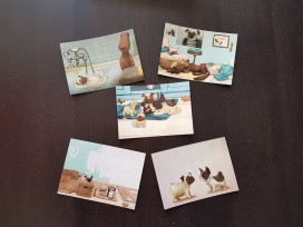 Carl Mops – Postkarten: Motive 1–5 © Jacoby & Stuart